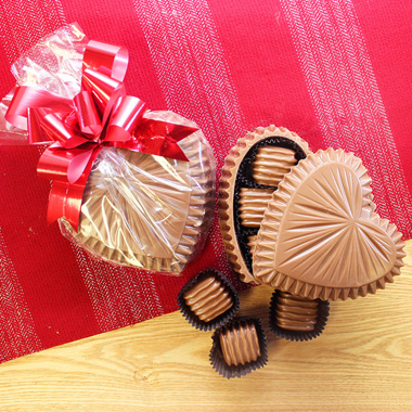 Ruffle Chocolate Heart Single